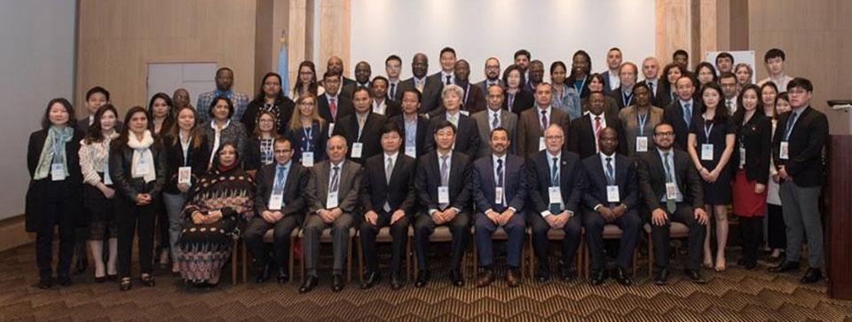 Group of participants in the 2019 Executive Training Course for Policymakers on the 2030 Agenda and the SDGs (May 2019)